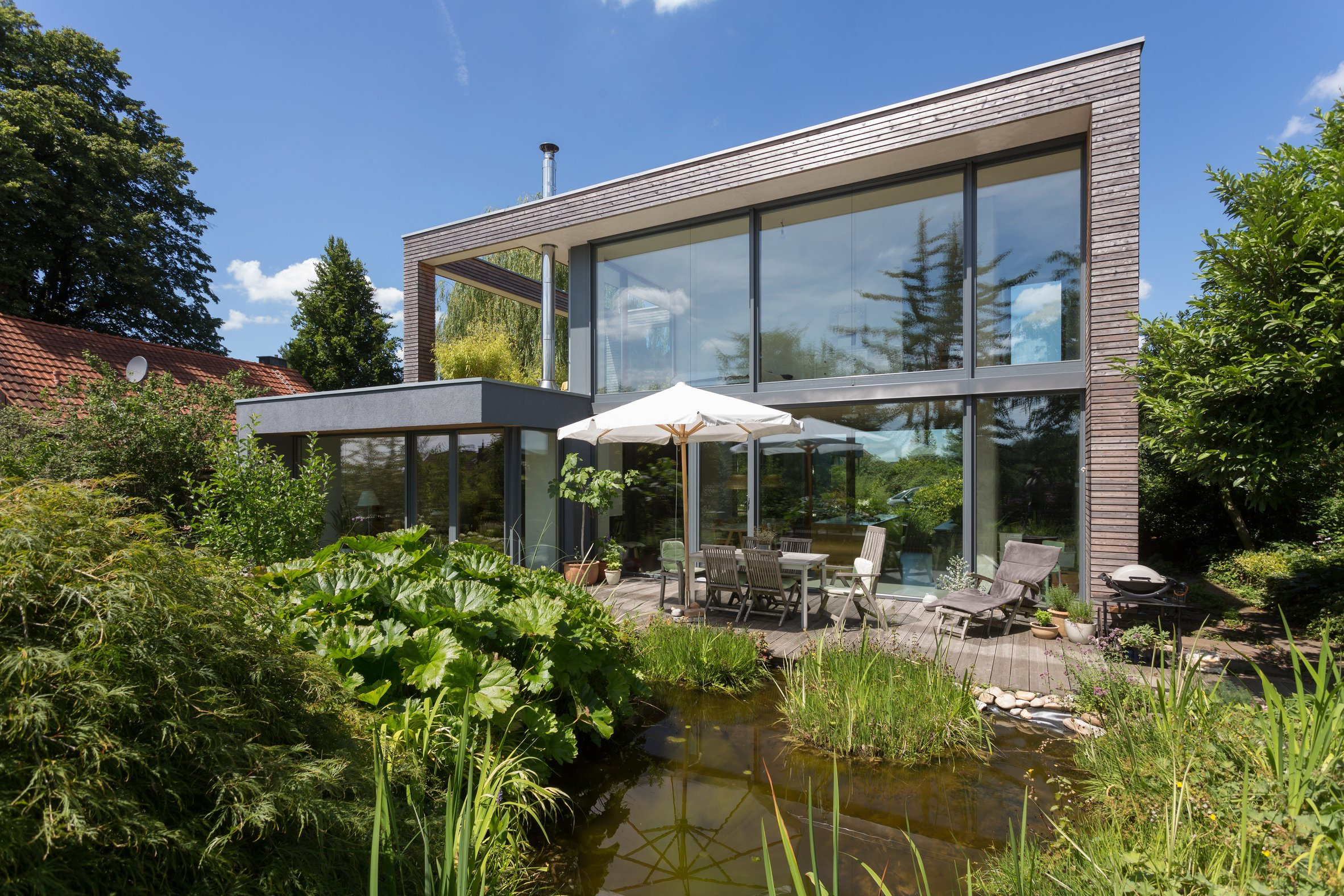Holzhausbau Peters Terrasse Garten