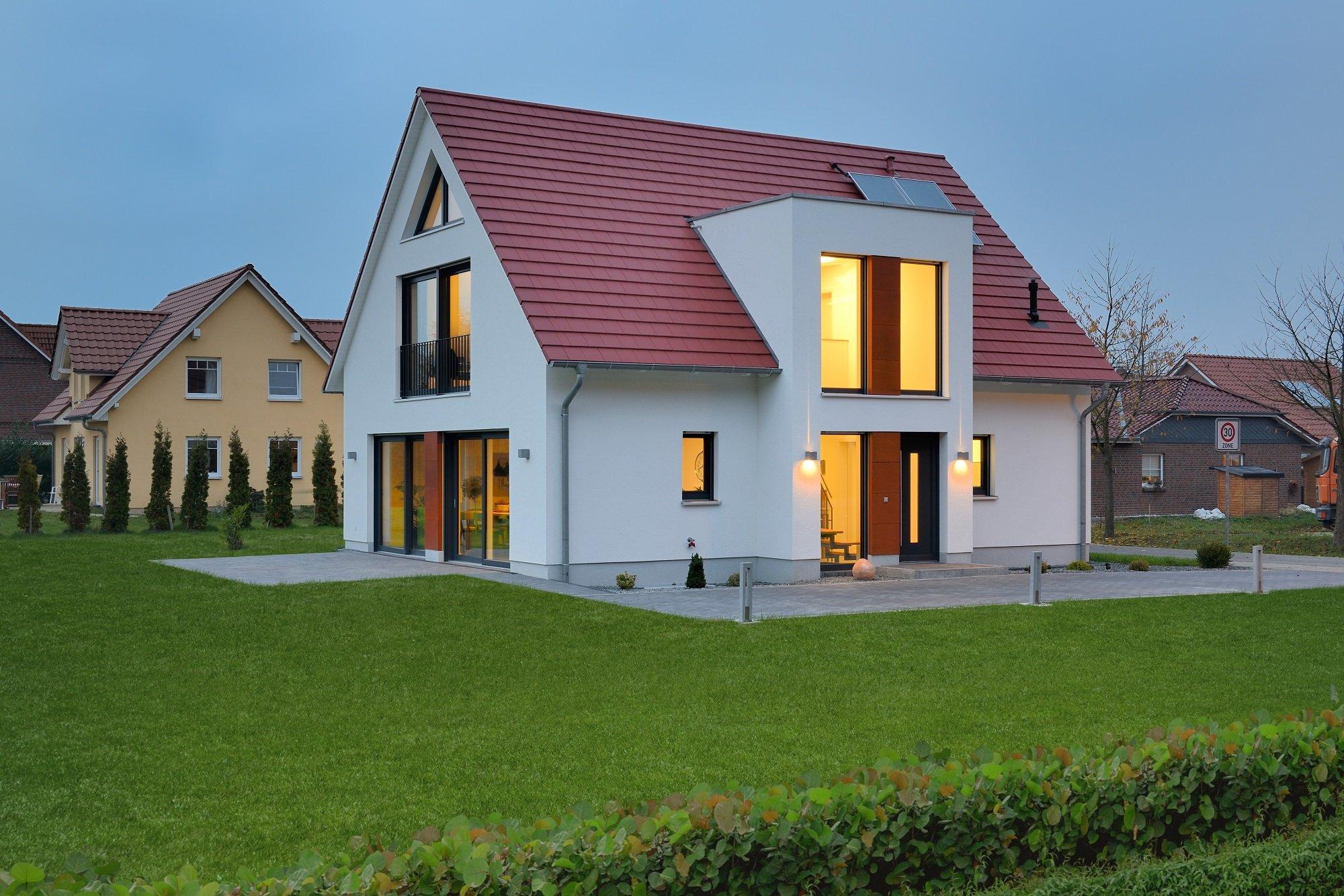Einfamilienhaus Satteldach Heinz von Heiden