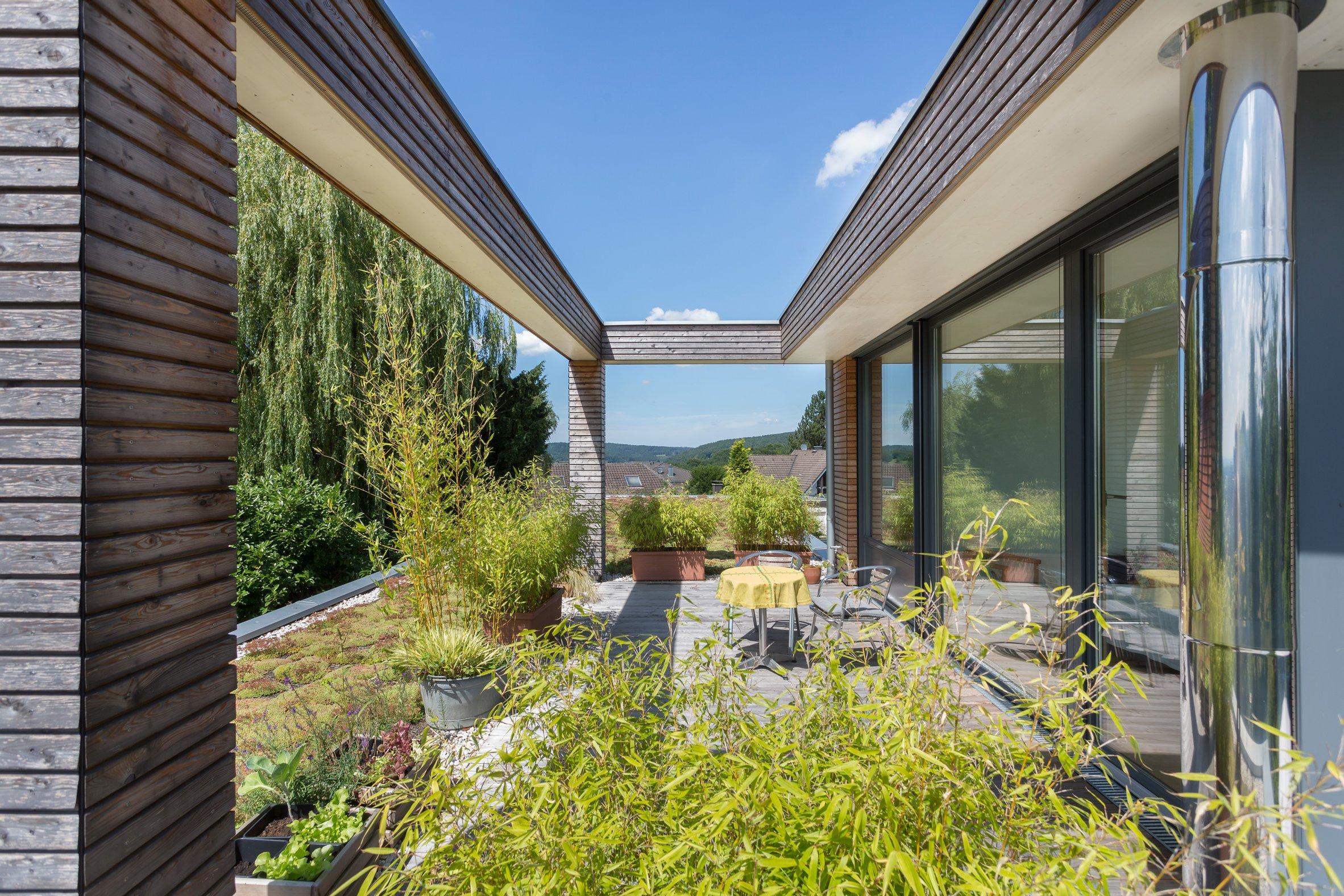 Einfamilienhaus Peters Garten Terrasse
