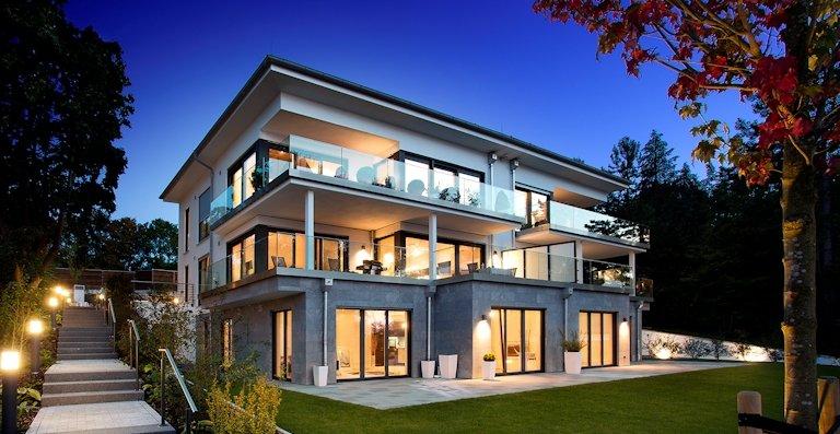 Aluminium-Holz-Fenster 105 S Integral von Kneer-Südfenster eignen sich ideal für moderne Glasarchitektur und für offenes, helles Wohnen.