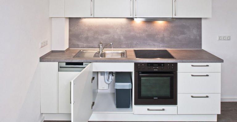 Der E-Kompaktdurchlauferhitzer CFX-U sorgt jederzeit sofort für warmes Wasser in der Küche.
