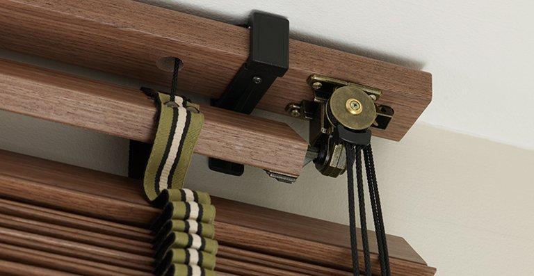 Die Besonderheit: Oberkopf aus Holz mit sichtbarer Technik