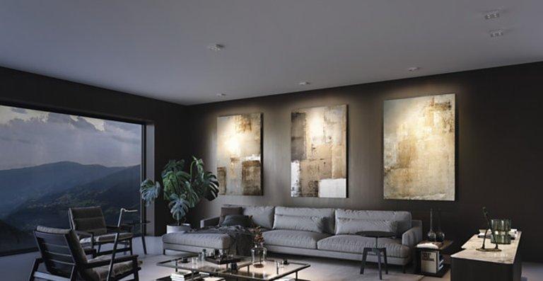 Q ONE ist ein blendfreier Wandstrahler mit Bartenbach Reflektortechnik in Schwarz oder Weiß. Das Lichtbild ist äußerst präzise und die Lichtqualität exzellent.