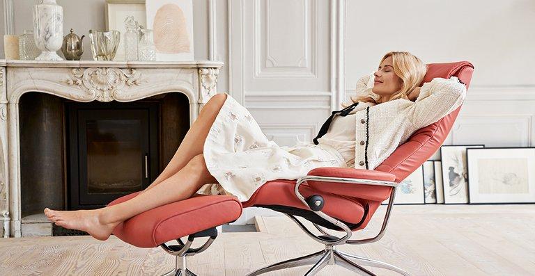 Bei dem Stressless London Relaxsessel High Back mit Star Untergestell und BalanceAdapt™ System trifft typisch skandinavisches Design auf patentierte Funktionen.