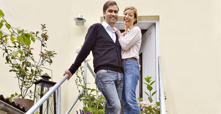 Endlich ein trautes Heim ganz allein: Martin und Claudia Ahrens sind begeistert von ihrem neuen Zuhause.