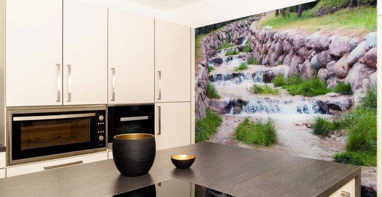Großes Wandbild im Format 2050 x 2117 mm (2-Teilig) aus ESG Weißglas 8 mm