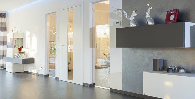Die Gestaltung der Innenräume ist modern und einladend Copyright: Wolf-Haus