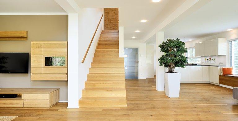 Sitzfenster und Treppe
