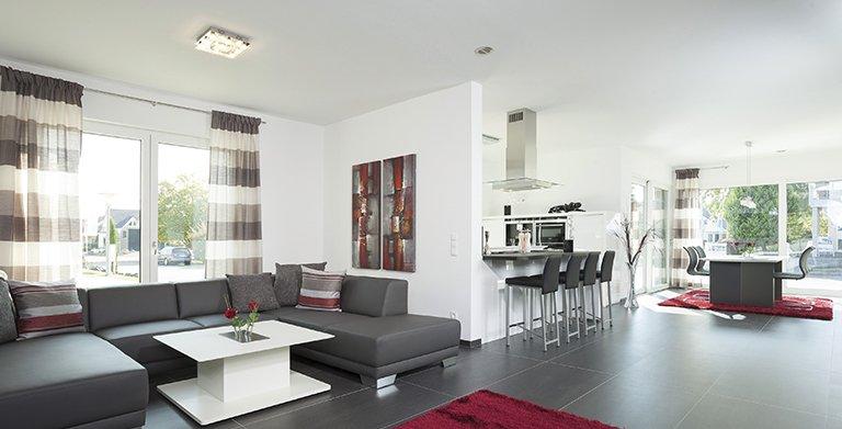 Auch das Wohnzimmer ist hell und freundlich gehalten Copyright: