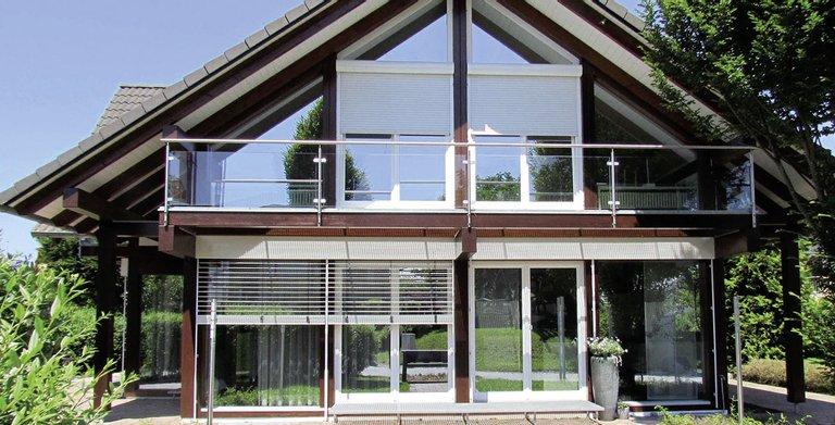 dreigiebelhaus tritos poing grub von kampa gmbh wohngl. Black Bedroom Furniture Sets. Home Design Ideas