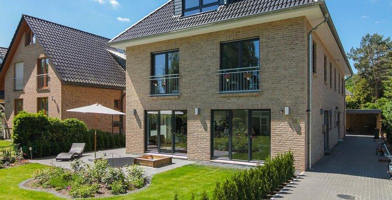 Duo Stadtvilla 160 von ECO System HAUS GmbH