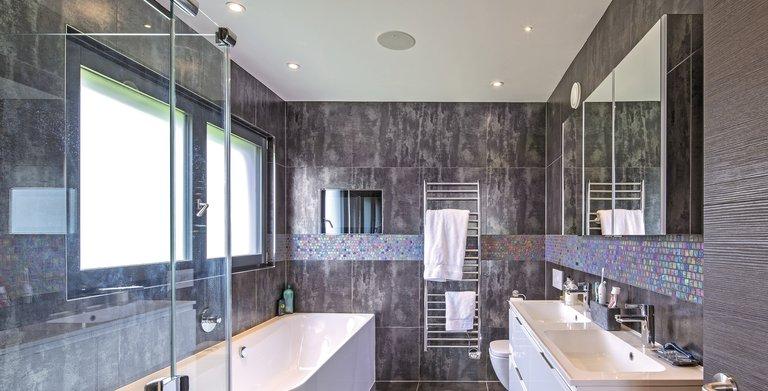 Ein Badezimmer zum Wohlfühlen Copyright: WeberHaus