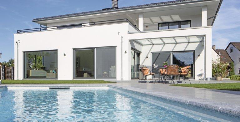 modernes stadthaus mit pool und sauna von weberhaus gmbh co kg. Black Bedroom Furniture Sets. Home Design Ideas