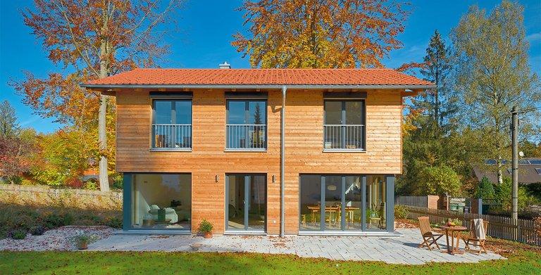 Naturholzhaus Rombach, Fassade: Lärchenholzschalung Copyright: