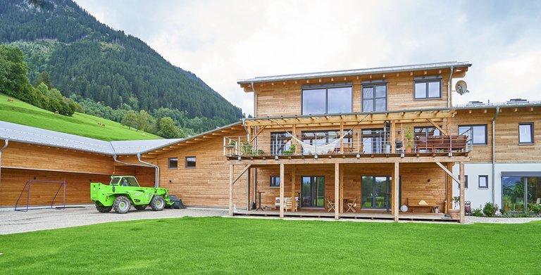 Wohn/-Gwerbebau VON LERCHENFELD (Sonnleitner Holzbauwerke) Copyright: