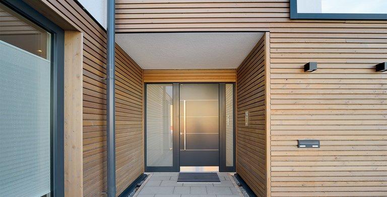 Naturholzhaus Azur Hauseingang Copyright: