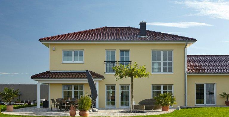Das Farbkonzept der Fassade vermittelt vornehme Eleganz Copyright: Wolf-Haus