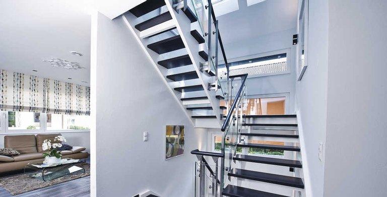Moderne Treppe Copyright: WeberHaus
