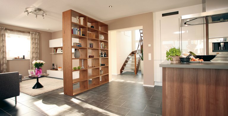 Wohnzimmer und Küche  Copyright: FingerHaus