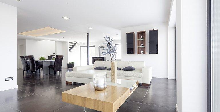 Der Wohn- und Essbereich ist offen und großzügig gestaltet Copyright: Wolf-Haus