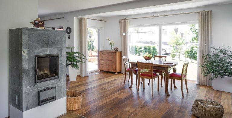 haus reutlingen von regnauer hausbau gmbh co kg wohngl. Black Bedroom Furniture Sets. Home Design Ideas