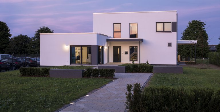 Musterhaus In Giessen Mit Einliegerwohnung Copyright FingerHaus