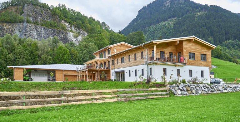 Von Lerchenfeld / Aussenansicht Sonnleitner Holzbauwerke Copyright: