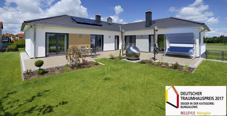 Mit diesem Haus erfüllte sich der Bauherr seinen Traum vom Eigenheim. Bei Deutschen Traumhauspreis 2017 erreichte der massive Bungalow den 1. Platz in der Kategorie Bungalows.